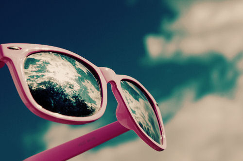 glasses-pink-separate-with-comma-summer-sun-sunglasses-Favim.com-50711[1]